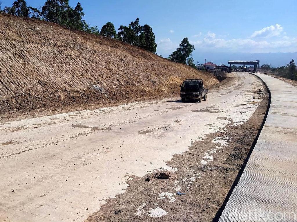 Kunjungi Proyek Tol Banda Aceh-Sigli, Jokowi: Cepat Banget!