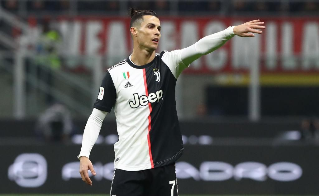 MILAN, ITALY - FEBRUARY 13:  Cristiano Ronaldo of Juventus gestures during the Coppa Italia Semi Final match between AC Milan and Juventus at Stadio Giuseppe Meazza on February 13, 2020 in Milan, Italy.  (Photo by Marco Luzzani/Getty Images)