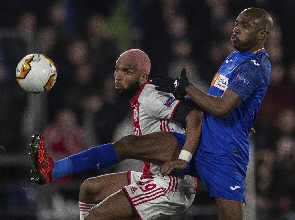 Hasil Liga Europa: Ajax Keok, Sevilla Ditahan Imbang