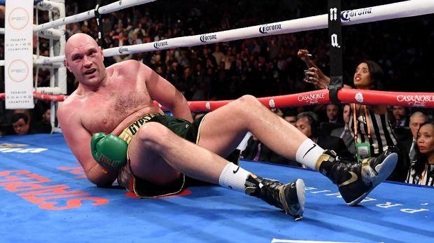 Tyson Fury sempat mengalami depresi usai mengalahkan Wladimir Klitschko.