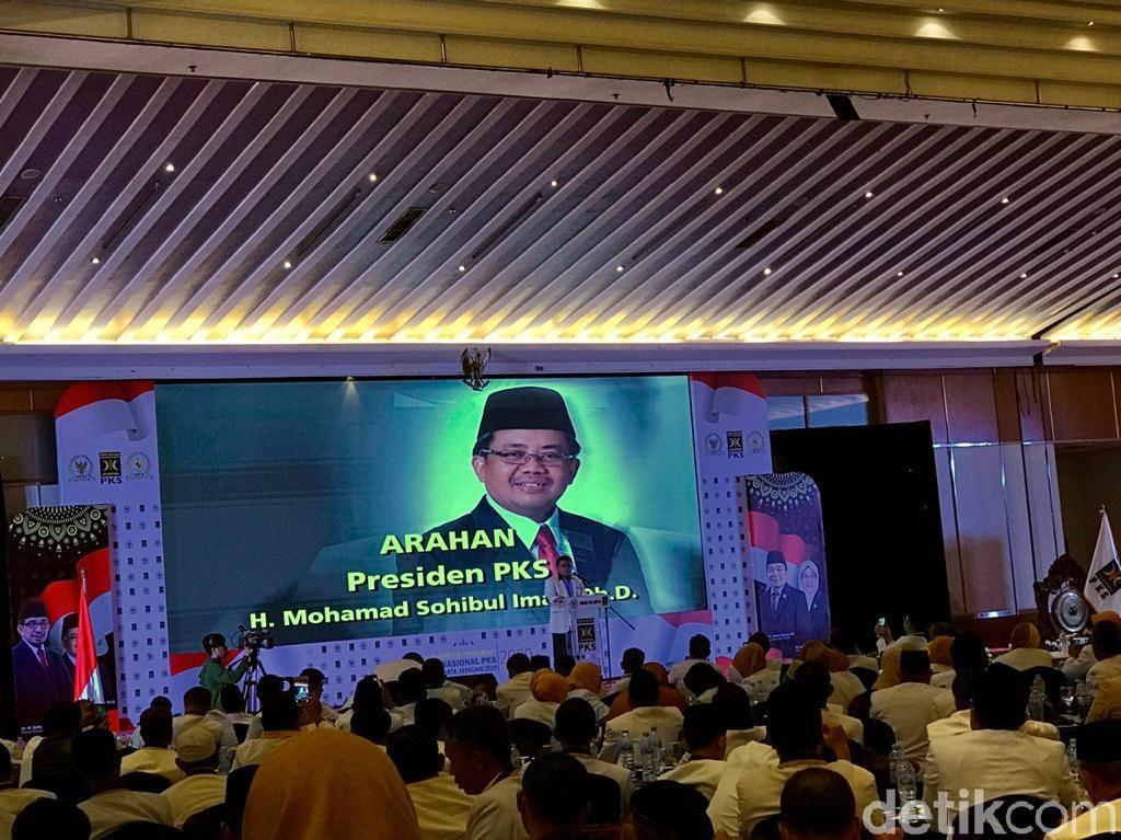 Soal Ketahanan Nasional, Presiden PKS Sebut Bukan Hanya Aspek Militer