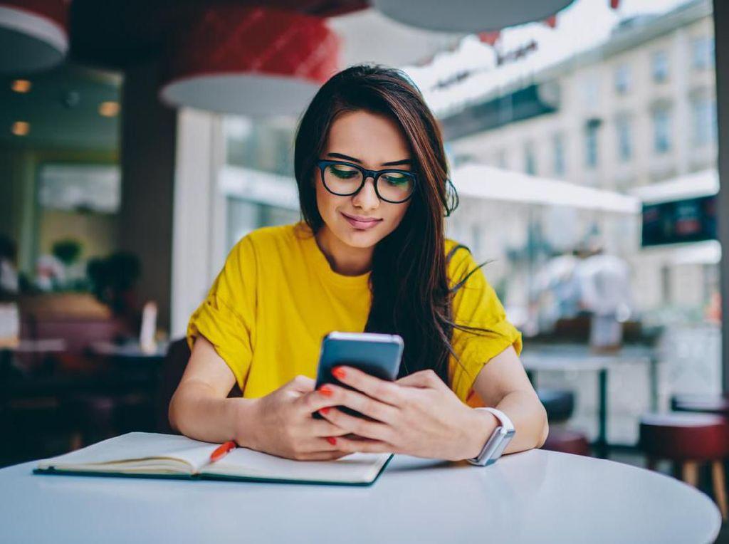Perbandingan 4 Layanan Telekomunikasi Digital, Pilih Mana?