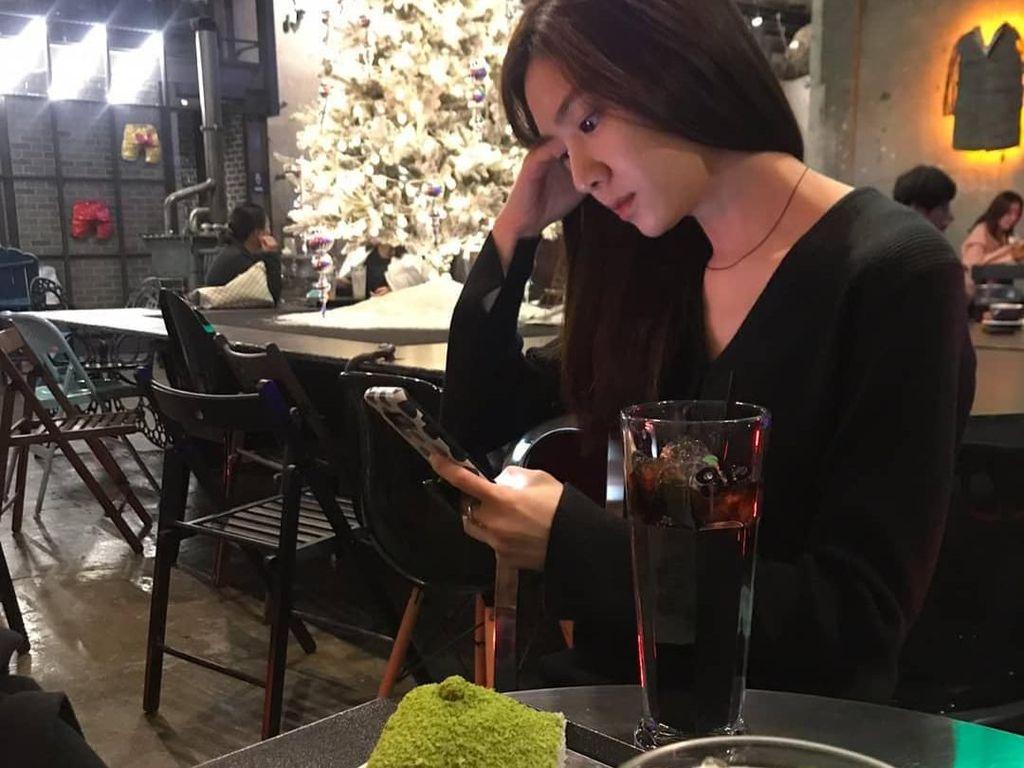 Seo Ji Hye, Seo Dan di Crash Landing on You yang Suka Pamer Makanan