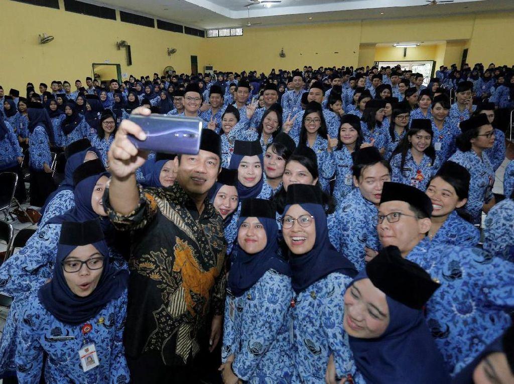 Lantik 682 ASN Baru, Wali Kota Semarang Bicara Gaya Kerja Milenial
