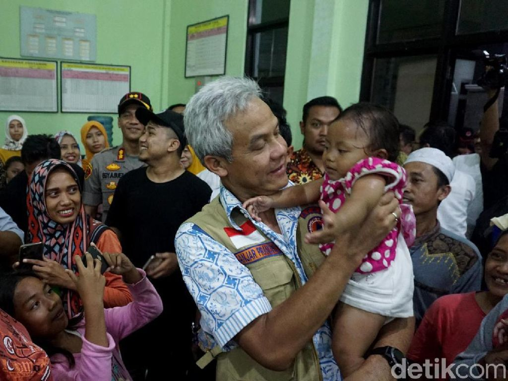 Gubernur Ganjar Sebut Banjir di Kota Pekalongan Terparah di Jateng