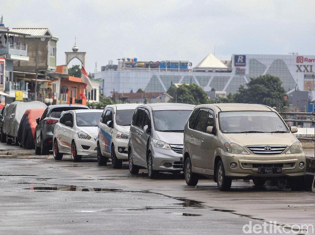 Pemprov DKI Uji Coba Aplikasi Pemesan Lahan Parkir di 3 Ruas Jalan