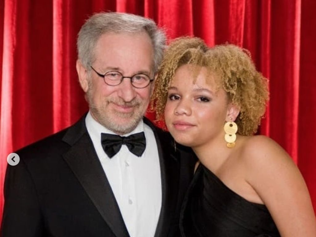 Anaknya Jadi Bintang Porno, Ini Tanggapan Steven Spielberg