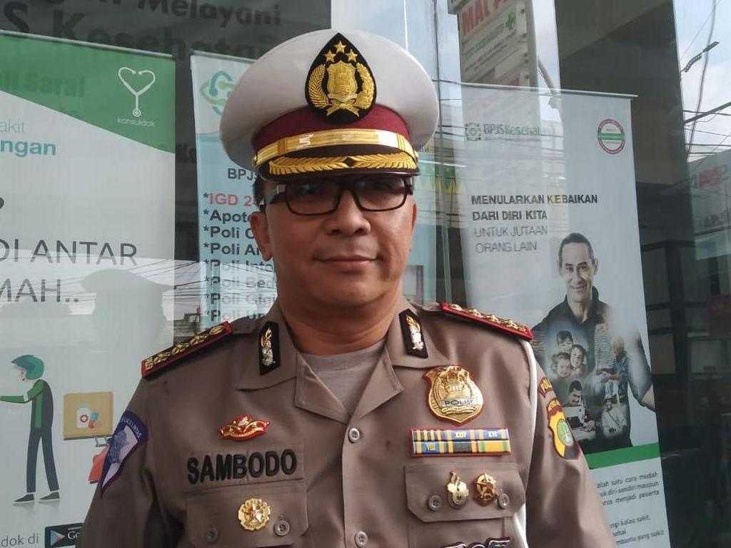 Layanan SIM di Samsat Jaktim Membeludak Lagi, Polisi: Warga Antre Sejak Subuh