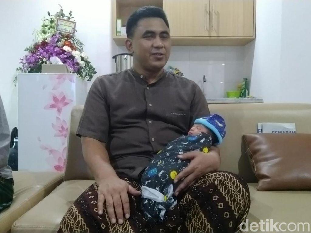 Selamat! Anak Keempat Gus Yasin Lahir, Wetonnya Sama dengan Mbah Moen