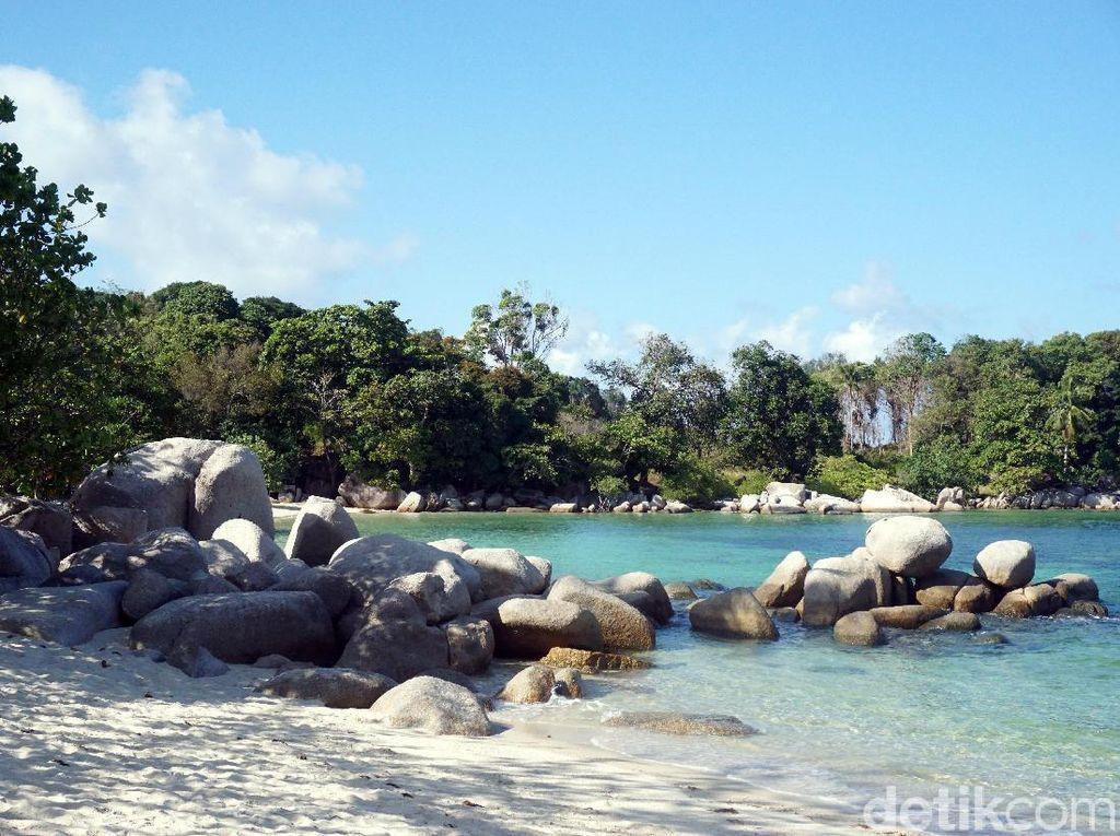 Bukan Belitung, Ini Pantai Laskar Pelangi ala Bintan