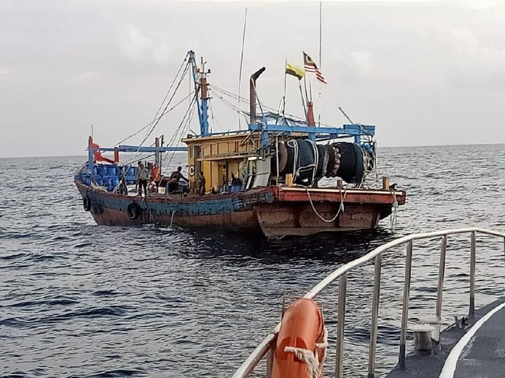 KKP Tangkap Kapal Asing Berbendera Malaysia di Selat Malaka
