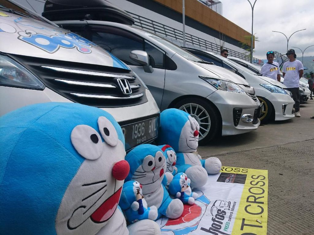 Adu Ganteng Honda Freed Digelar di Terminal Eksekutif Merak