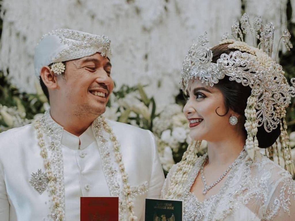 Pernikahan Digelar Tertutup, Tiwi Eks T2 Beri Alasan