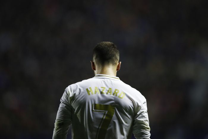 VALENCIA, SPAIN - FEBRUARY 22: Eden Hazard of Real Madrid gestures during the Liga match between Levante UD and Real Madrid CF at Ciutat de Valencia on February 22, 2020 in Valencia, Spain. (Photo by Eric Alonso/Getty Images)