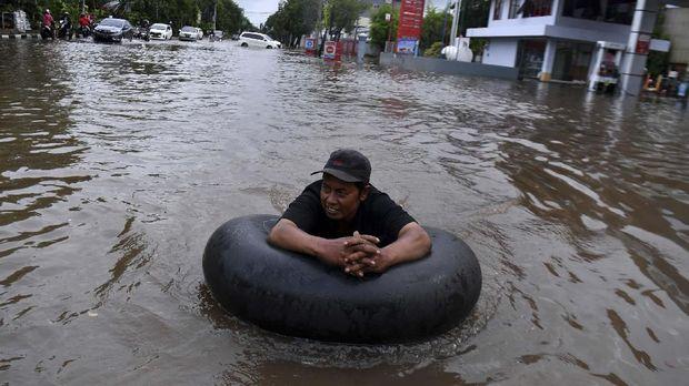 Kopi Pagi dan Cerita Pengungsi Banjir Jakarta
