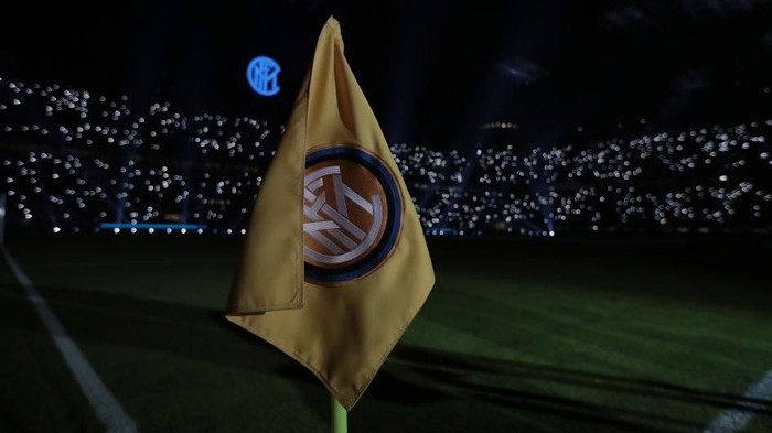 MILAN, ITALY - JANUARY 11:  A general view inside the stadium prior to the Serie A match between FC Internazionale and Atalanta BC at Stadio Giuseppe Meazza on January 11, 2020 in Milan, Italy.  (Photo by Emilio Andreoli/Getty Images)