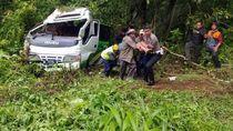 Bus Rombongan Wisatawan UIM Kecelakaan, 1 Orang Tewas