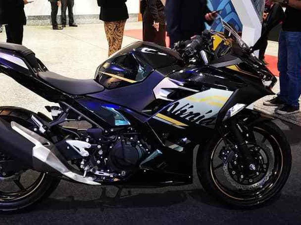 Kawasaki Ninja 250 Disulap Jadi Motor Nasional Malaysia