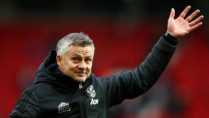 MANCHESTER, ENGLAND - FEBRUARY 23: Ole Gunnar Solskjaer, Manager of Manchester United acknowledges the fans following the Premier League match between Manchester United and Watford FC at Old Trafford on February 23, 2020 in Manchester, United Kingdom. (Photo by Clive Brunskill/Getty Images)