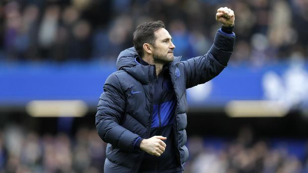 Chelsea Manager Frank Lampard celebrates his team winning their English Premier League soccer match against Tottenham Hotspur in London, England, Saturday, Feb. 22, 2020. (AP Photo/Kirsty Wigglesworth)