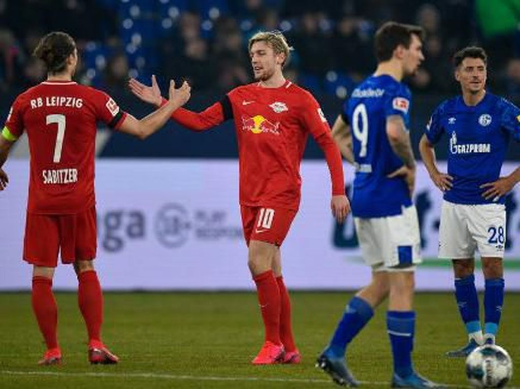 Pecundangi Schalke 5-0, Leipzig Geser Dortmund di Klasemen Liga Jerman