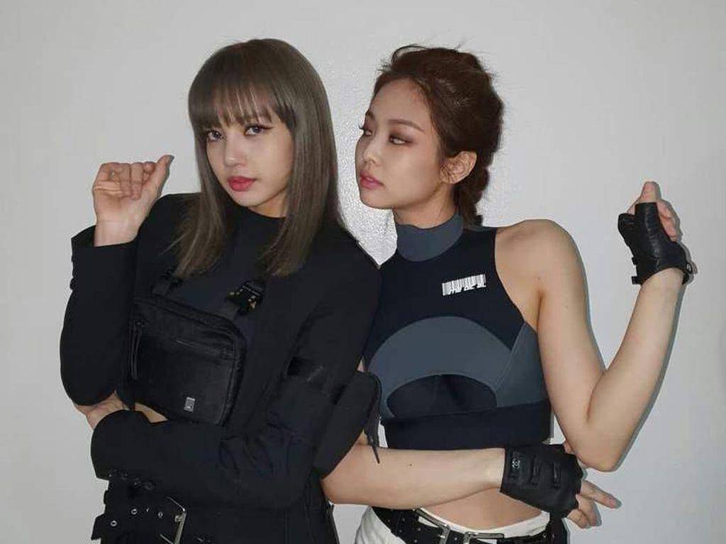 Tabrak Lisa Saat Sibuk Memotret, Fansite Jennie BLACKPINK Minta Maaf