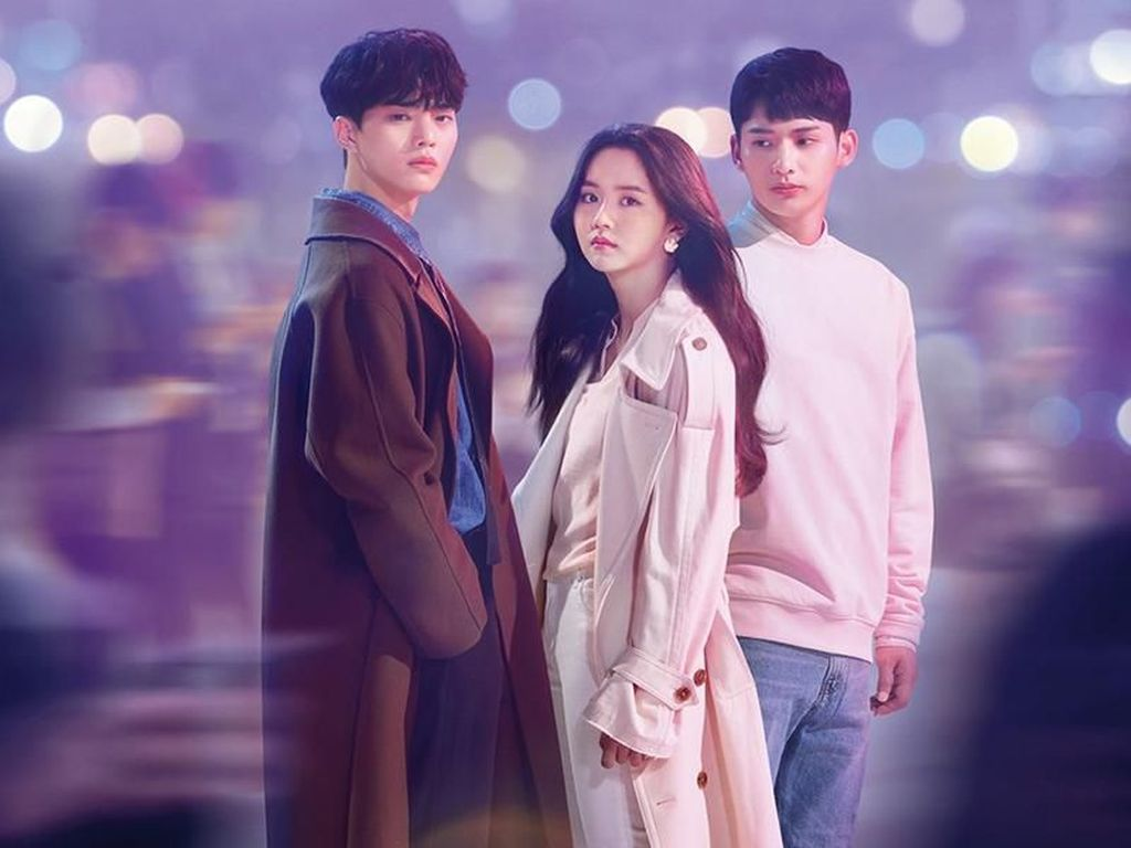 Pemain Love Alarm Siap-siap Syuting Season 2!