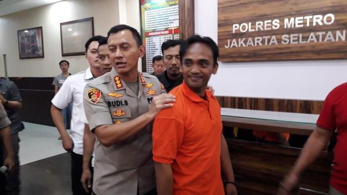 Polii tangkap pria yang membully pria di Jaksel