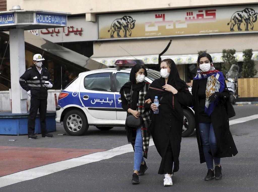15 Orang Meninggal, Presiden Iran: Kita Tak Boleh Takut pada Virus Corona