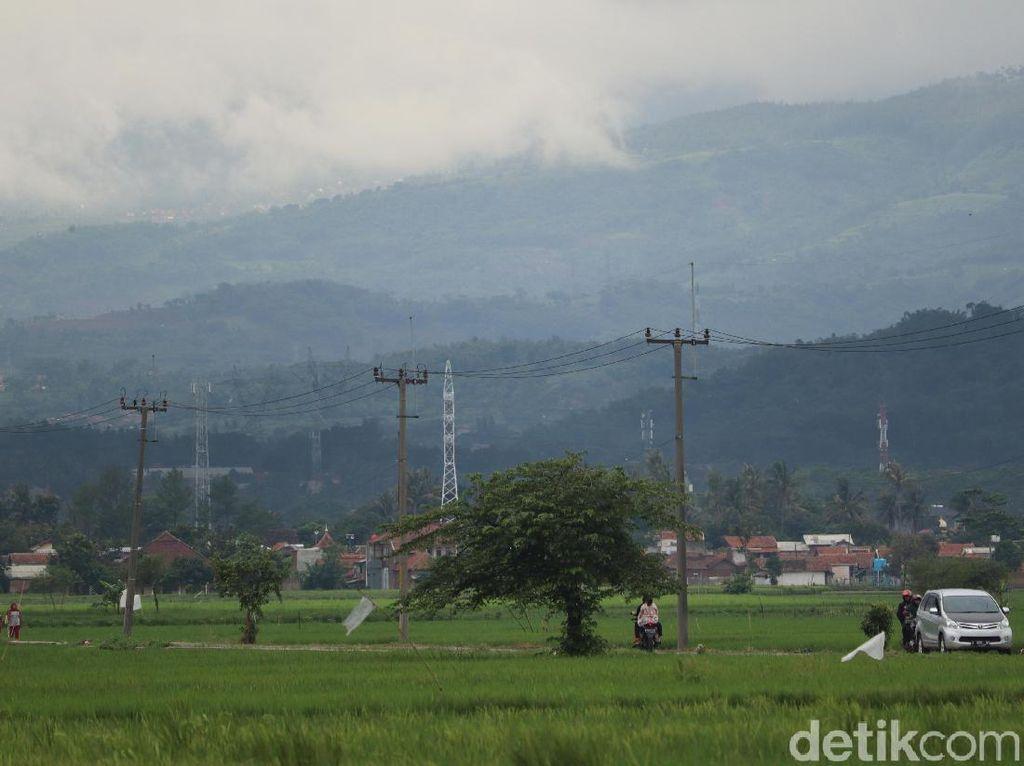 Geger Suara Dentuman Misterius Terdengar di Bandung