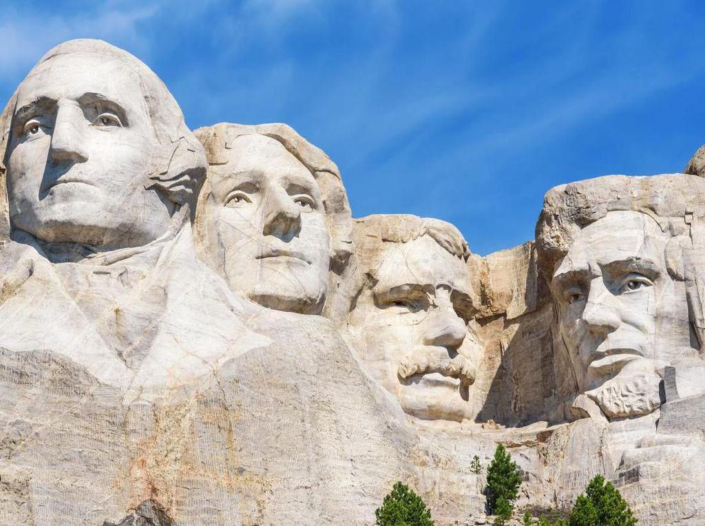 10 Fakta Gunung Rushmore yang Perlu Kamu Tahu