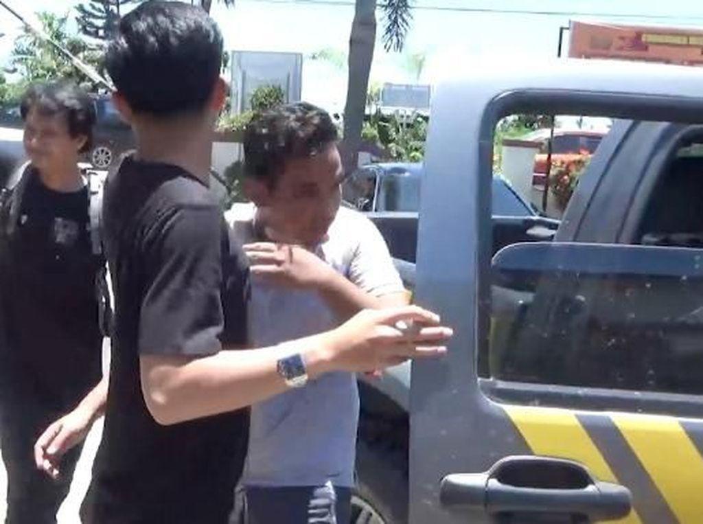 Intip dan Rekam Tetangga Kos Pacarnya Mandi, Syahrul Ditangkap Polisi