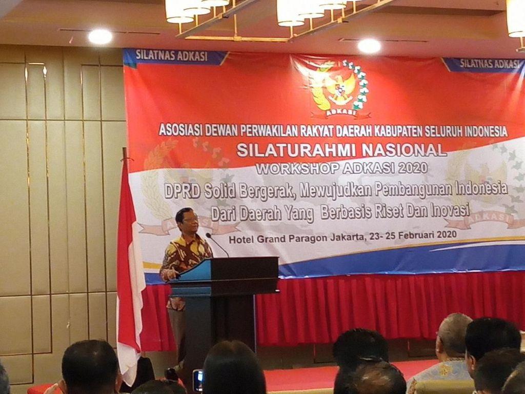 Mahfud Bicara soal Politik Uang di Pilkada: Dulu Bayar ke DPRD Kini ke Partai