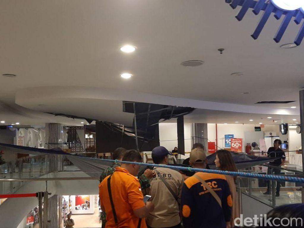 Plafon Malioboro Mall Yogya Ambrol, Begini Cerita Saksi Mata