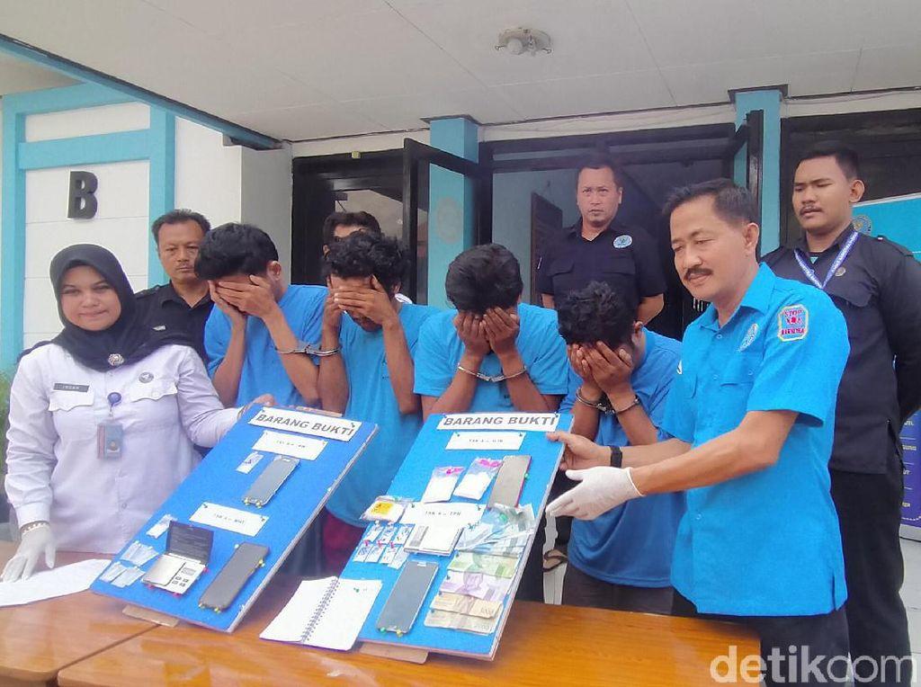 BNNK Surabaya Ringkus 4 Pengedar dan Amankan 116 Gram Sabu