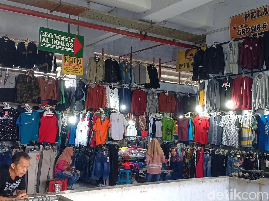 Cerita Perempuan Cantik Curi Celana Dalam Pria di Pasar Besar Kota Madiun