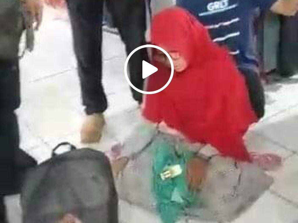 Viral Perempuan Cantik Ketahuan Curi Baju di Pasar Besar Madiun