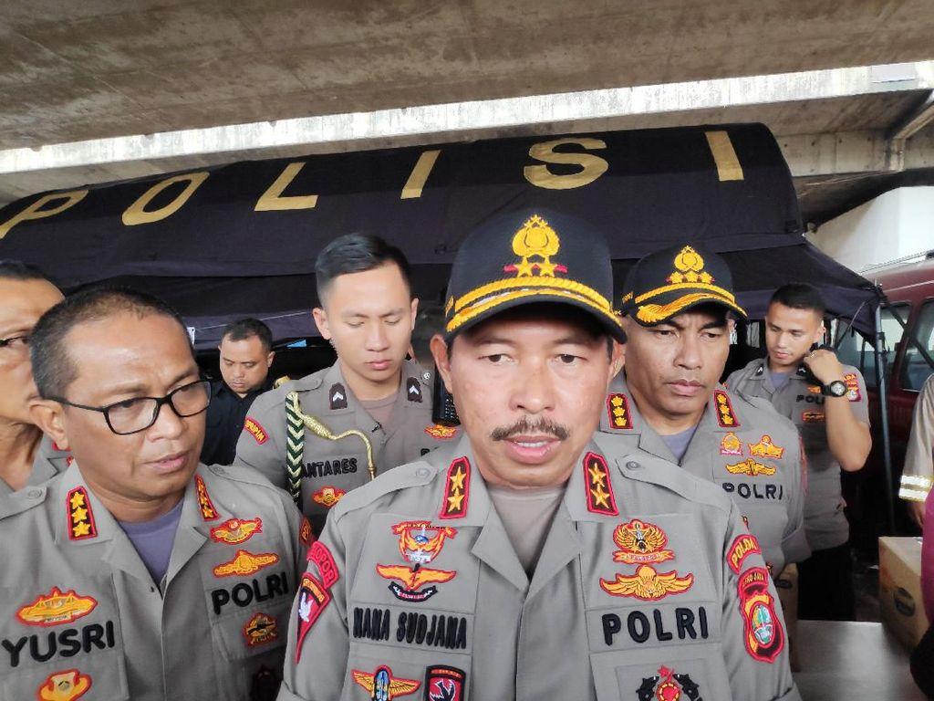Kapolda Metro: 29 Polisi Terluka-25 Halte TransJ Dibakar Akibat Demo Ricuh