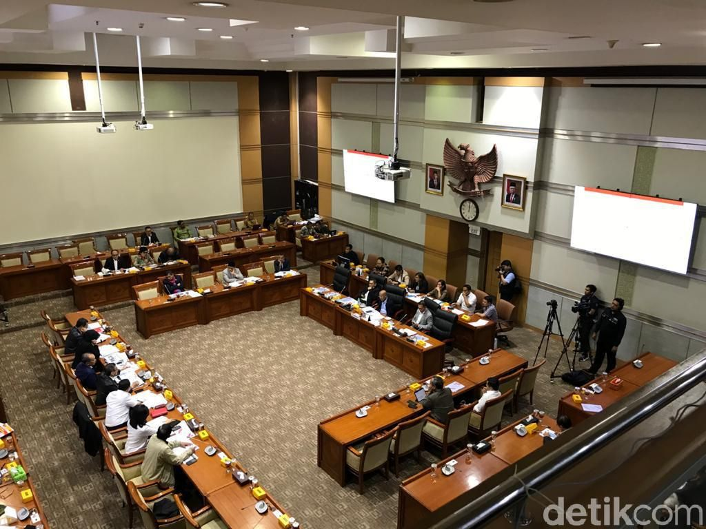 Rapat dengan Komisi III, BNPT-LPSK-Komnas HAM Ajukan Tambahan Anggaran 2021