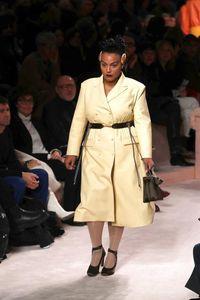 2 Model Plus-Size Ukir Sejarah di Milan Fashion Week