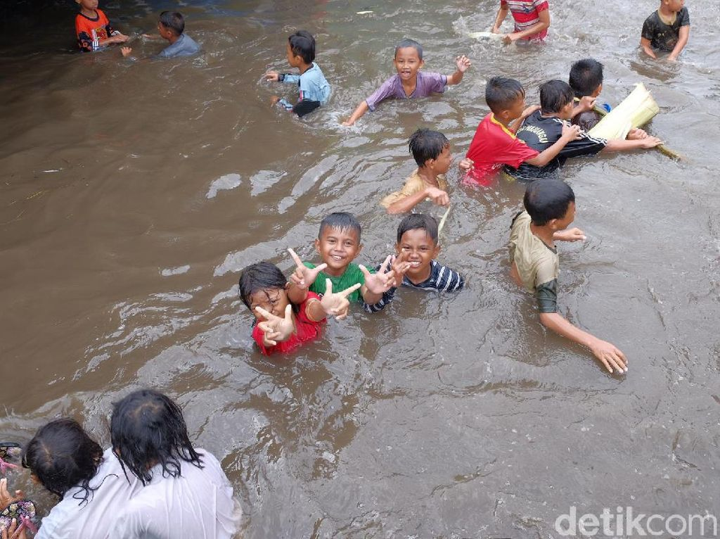 BNPB Soroti Banjir Musiman di Jabar
