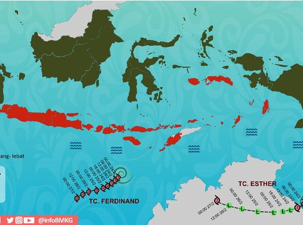 Hujan Deras Jakarta-Maluku Dipengaruhi Badai di Samudera Hindia