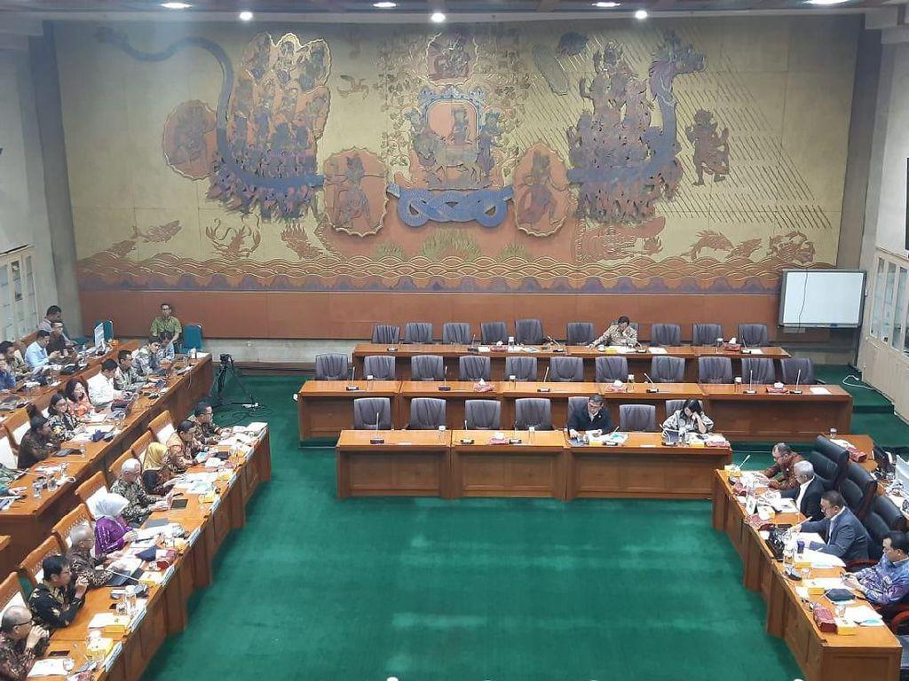 Komisi VI Panggil Bos Pertamina Bahas Kilang hingga Subsidi