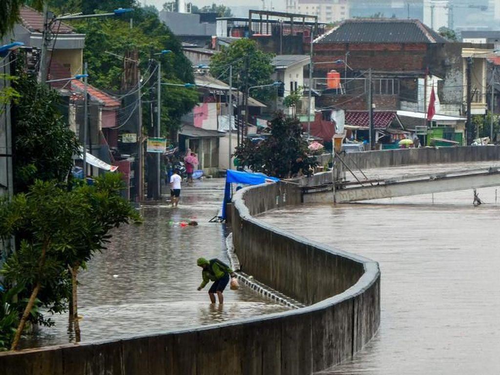 Jakarta Banjir, Pengamat: Tidak Ada Pembenahan dan Perbaikan Signifikan