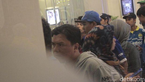 Bobotoh Kecewa Tak Bisa Saksikan Launching Tim Persib Bandung