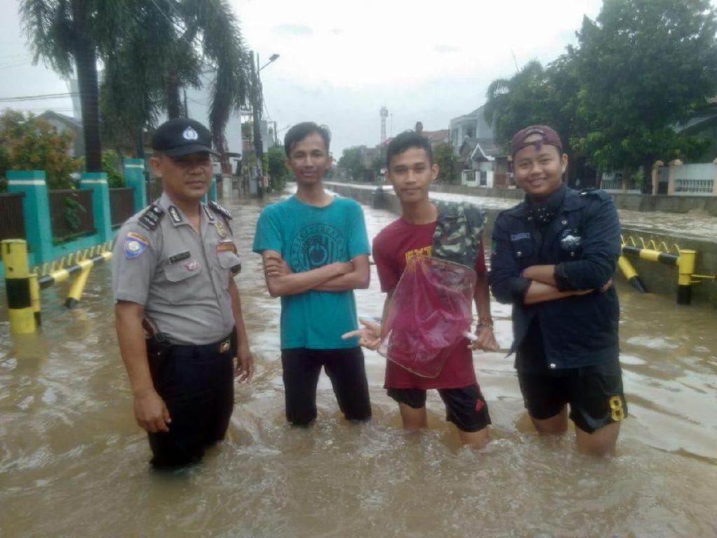 Kali Meluap, Kompleks Maharta-Kampung Bulan Pondok Aren Banjir 1 Meter