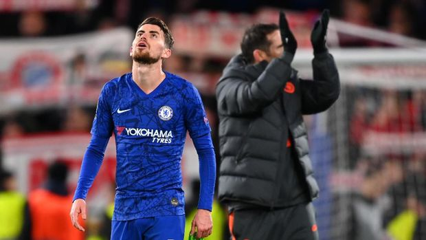 LONDON, ENGLAND - FEBRUARY 25: Jorginho of Chelsea reacts following defeat during the UEFA Champions League round of 16 first leg match between Chelsea FC and FC Bayern Muenchen at Stamford Bridge on February 25, 2020 in London, United Kingdom. (Photo by Clive Mason/Getty Images)