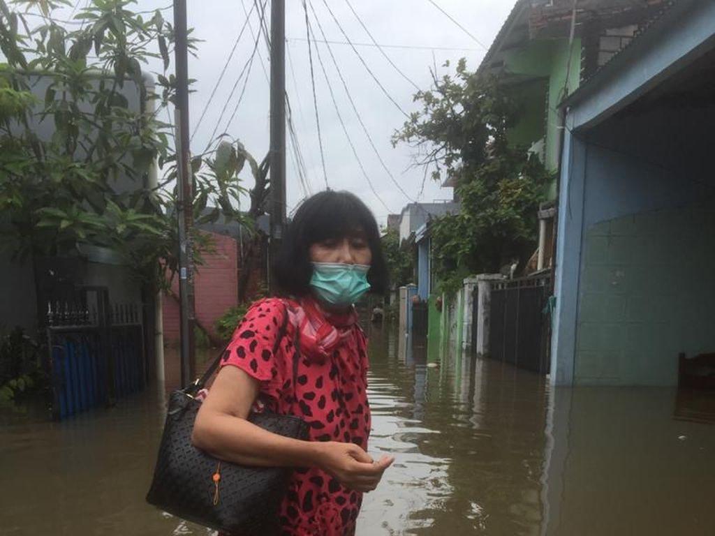 Pak Gubernur RK, Warga Anda di Kranji Bekasi Sudah 24 Jam Kebanjiran