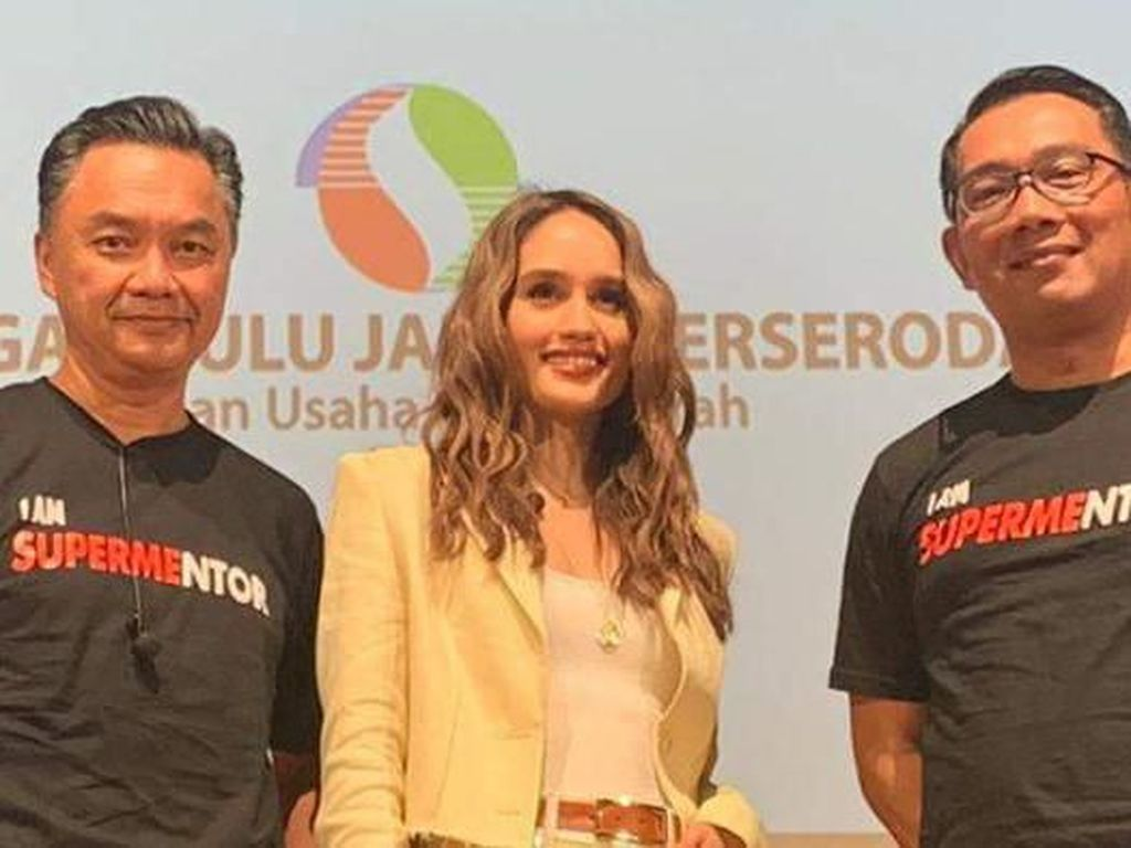 Cinta Laura dan Ridwan Kamil Berbagi Resep Kesuksesan Mereka di Melbourne