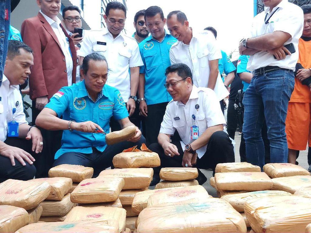Tak Kapok Divonis 17 Tahun, Napi LP Tangerang Selundupkan 600 Kg Ganja